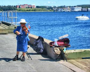 CapeBreton to Halifax + boat 055